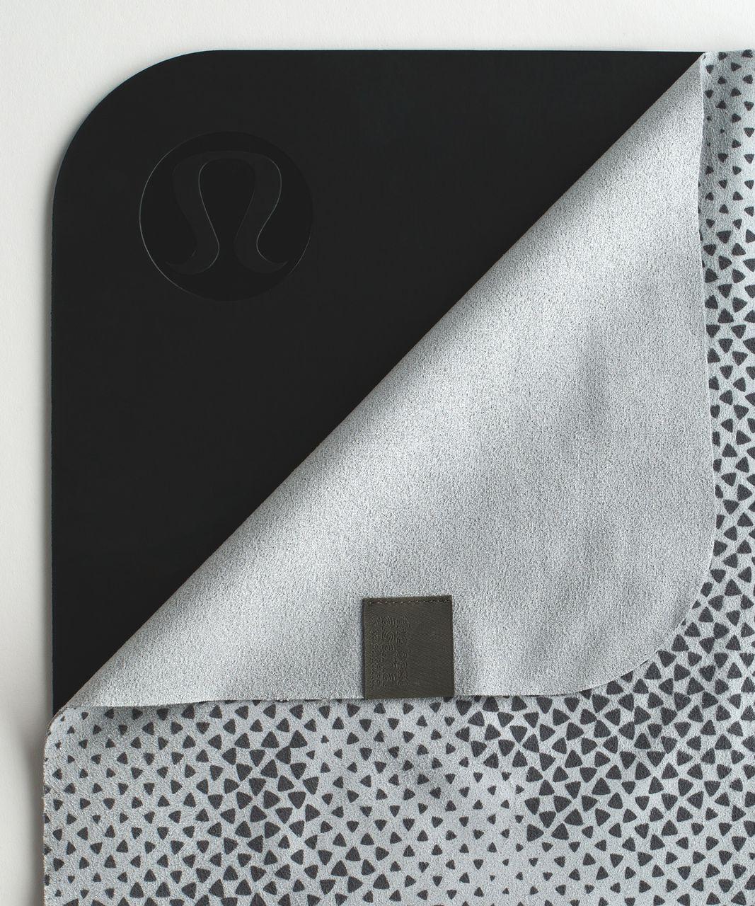 Lululemon The (Big) Towel - Hyper Diamond Camo Silver Spoon Slate