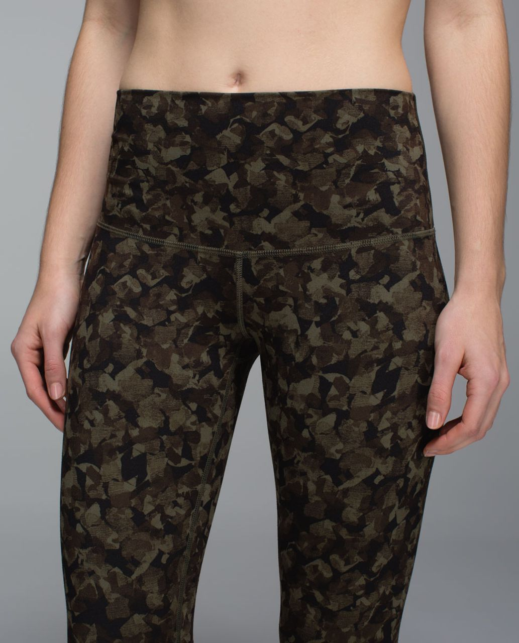 Lululemon Wunder Under Crop II *Full-On Luon (Roll Down) - Mystic Jungle Fatigue Green Black