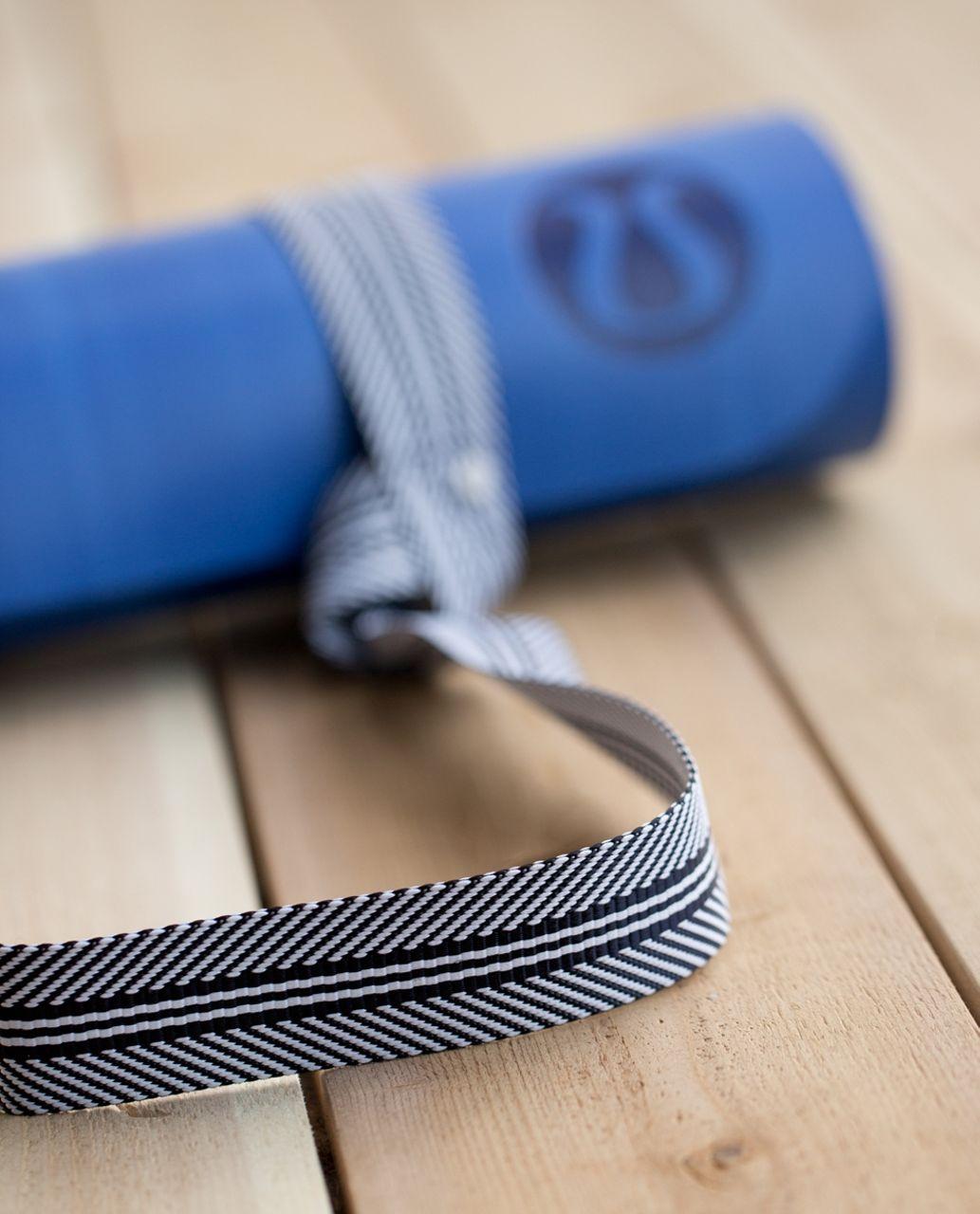 Lululemon Loop It Up Mat Strap - Naval Blue / White