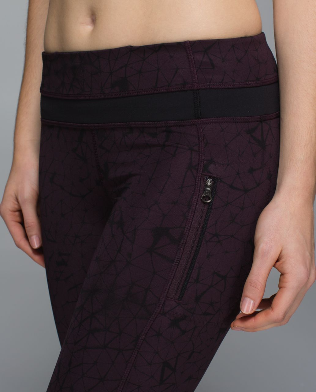 Lululemon Inspire Tight II *Full-On Luxtreme (Mesh) - Star Crushed Black Cherry Black / Black / Black Cherry