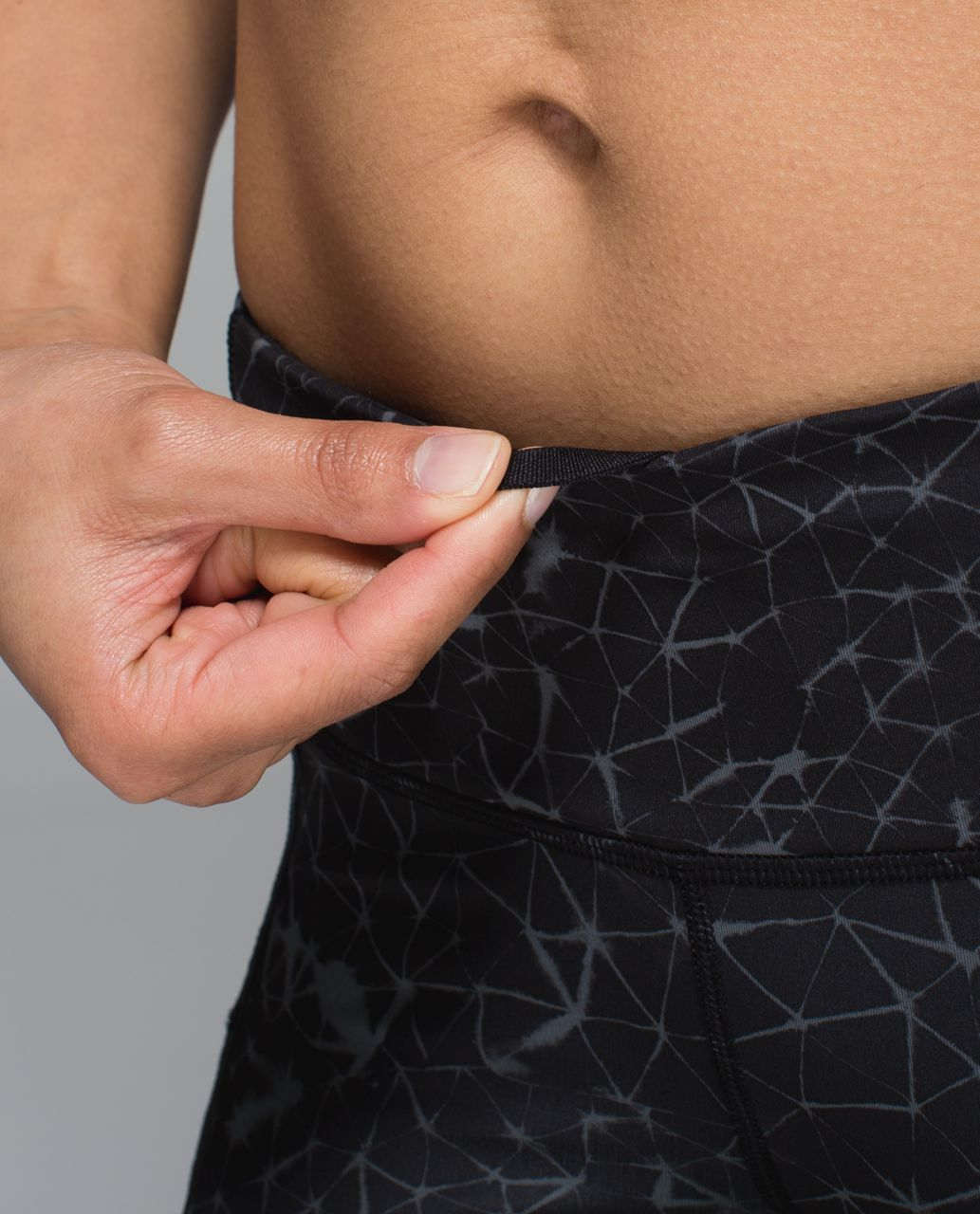 Lululemon Run:  Top Speed Crop *Full-On Luxtreme - Star Crushed Coal Black
