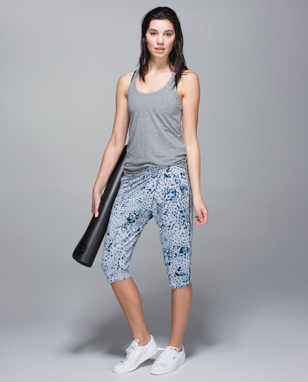 Lululemon Retreat Yogi Crop - Star Crushed Silver Fox Deep Navy
