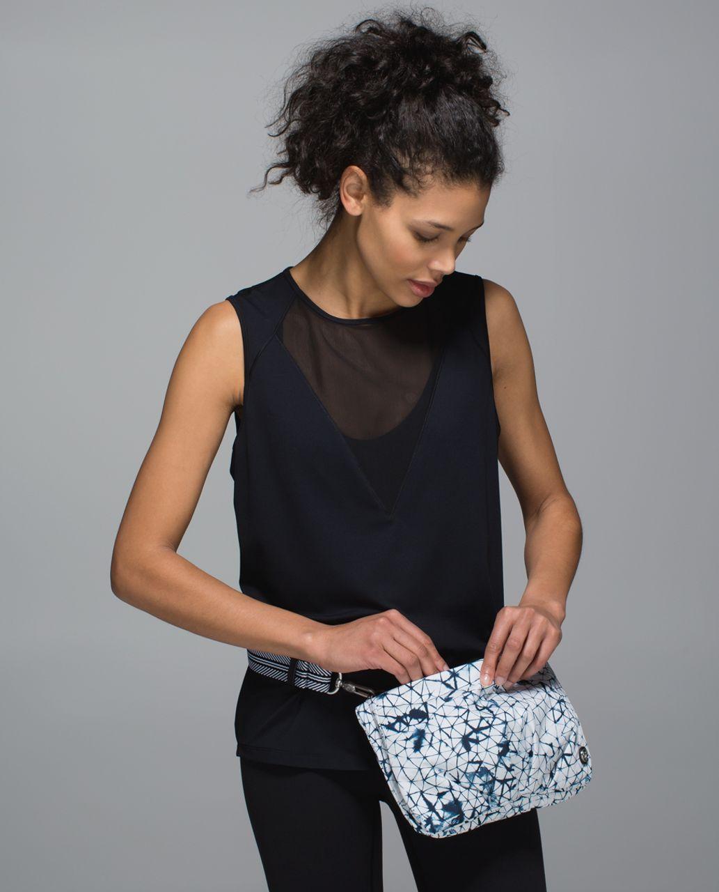 Lululemon Hip To Be Free Bag *Print - Star Crushed White Deep Navy / Naval Blue