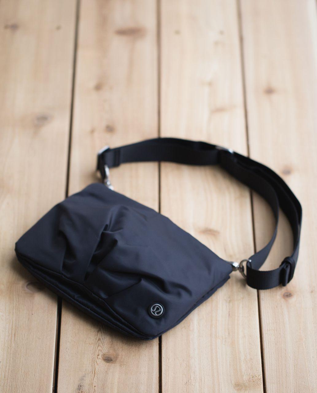 Lululemon Hip To Be Free Bag - Black