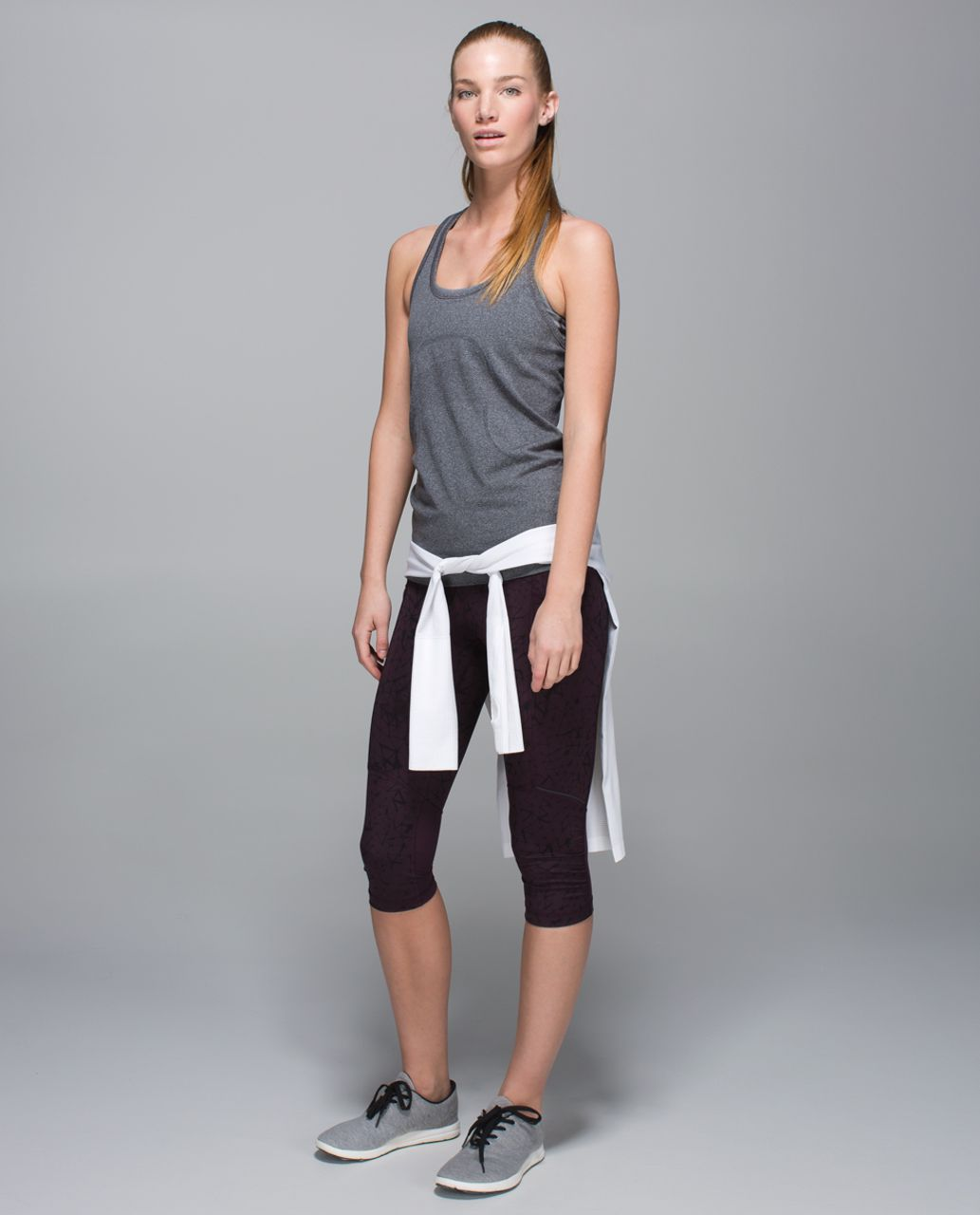 Lululemon Stash It Crop *Full-On Luxtreme - Star Crushed Black Cherry Black / Black Cherry
