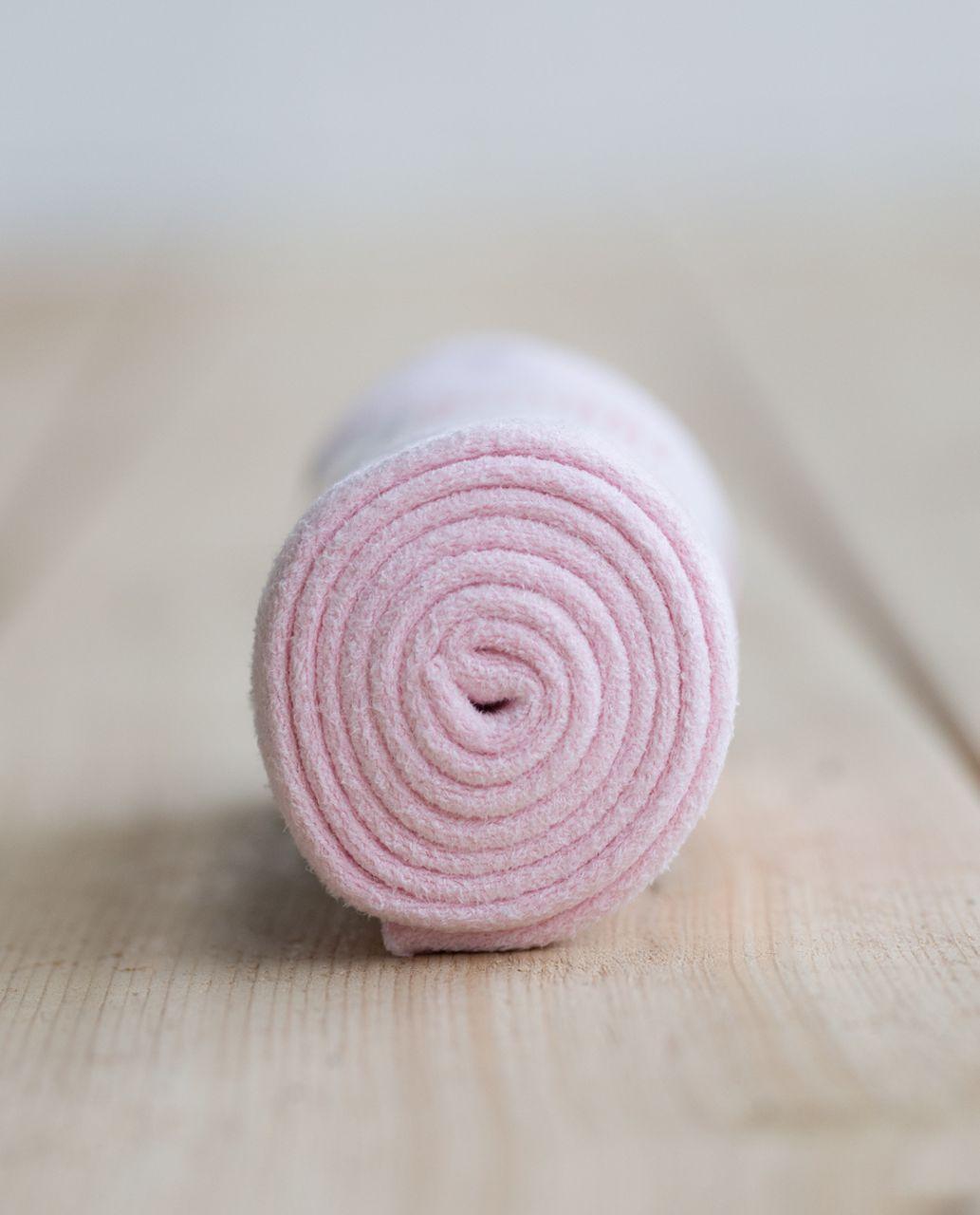 Lululemon The (Small) Towel - Strawberry Milkshake
