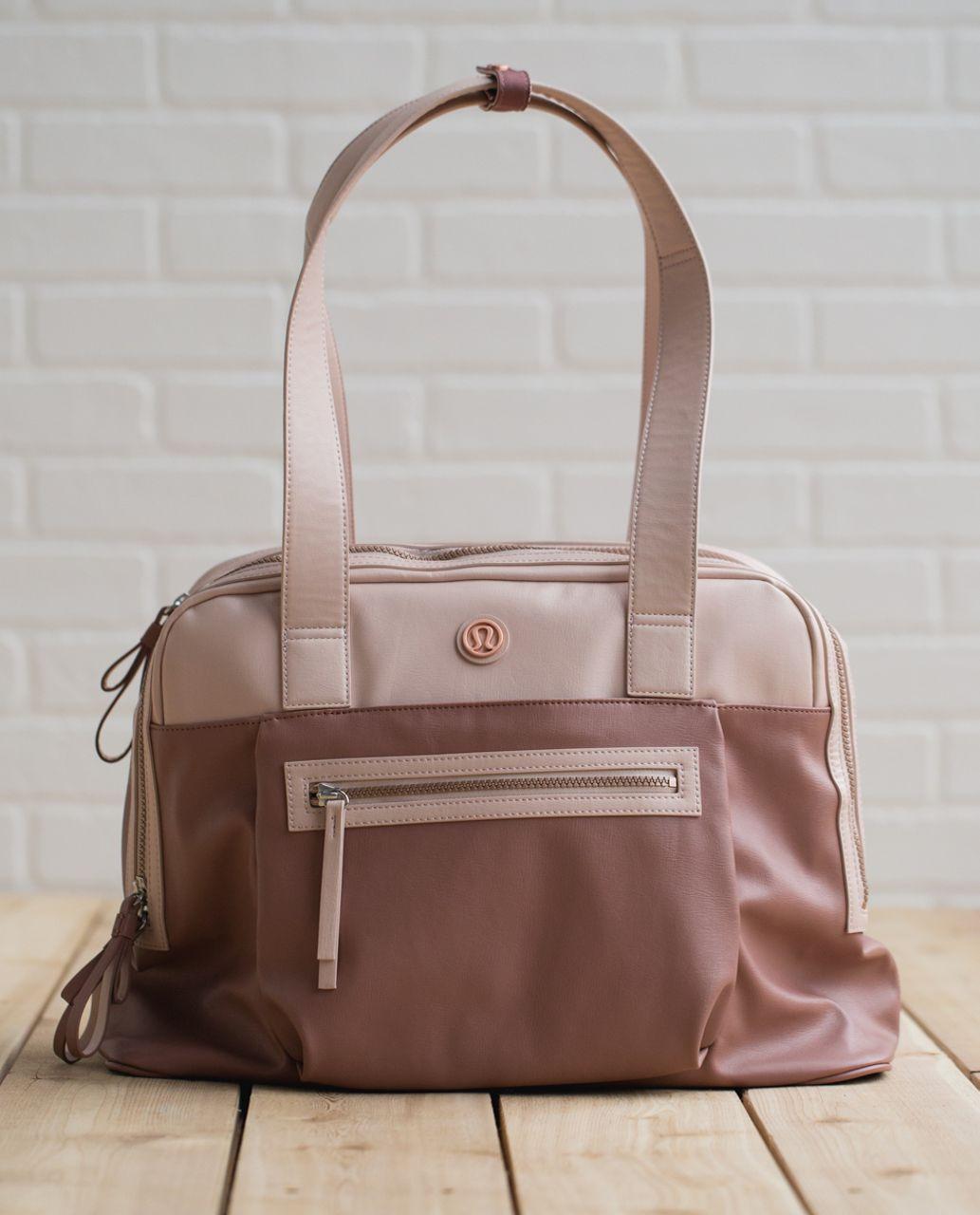 4716c88d7d Travel Bag For Gym Clothes - Dream Shuttles