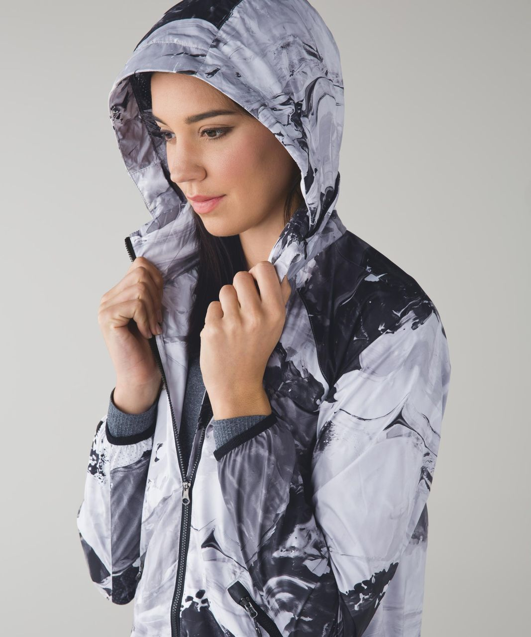 Lululemon Miss Misty Jacket II - Biggie Pigment Wave White