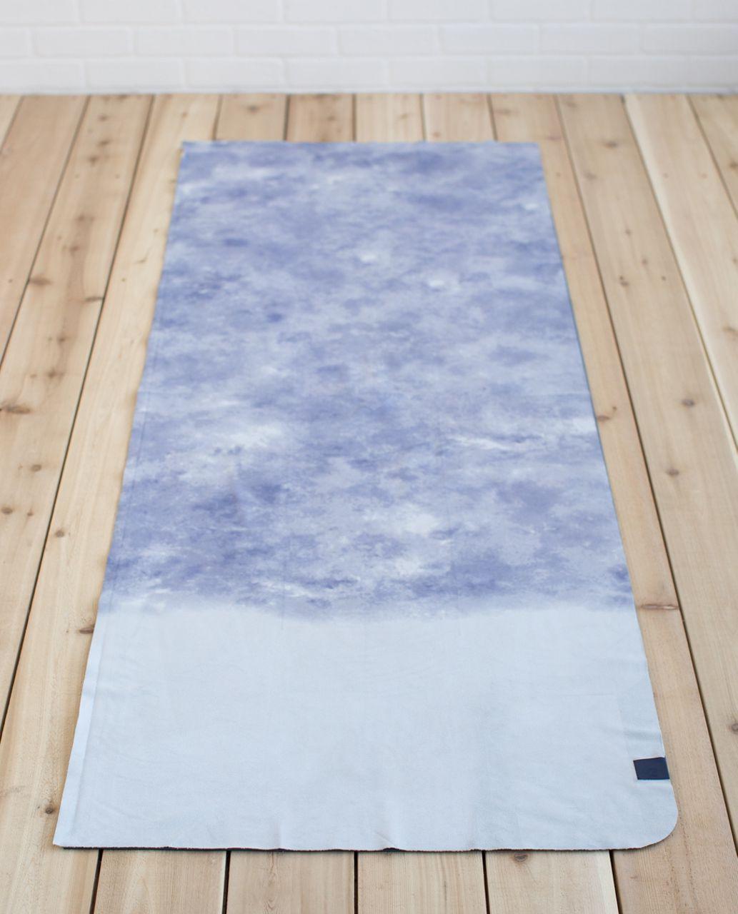 Lululemon The Towel - Dipped Desert Silver Spoon Deep Navy