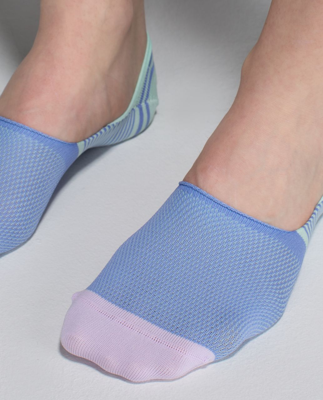 Lululemon Secret Sock - Candy Stripe Lullaby Seamist Pretty Purple