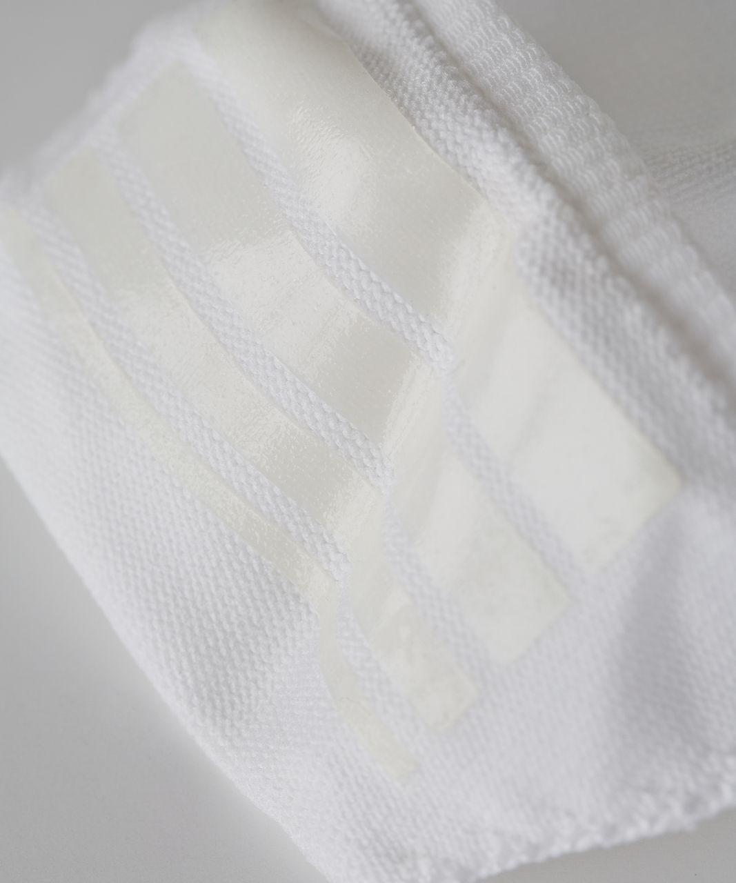 Lululemon Secret Sock - White / Silver Spoon