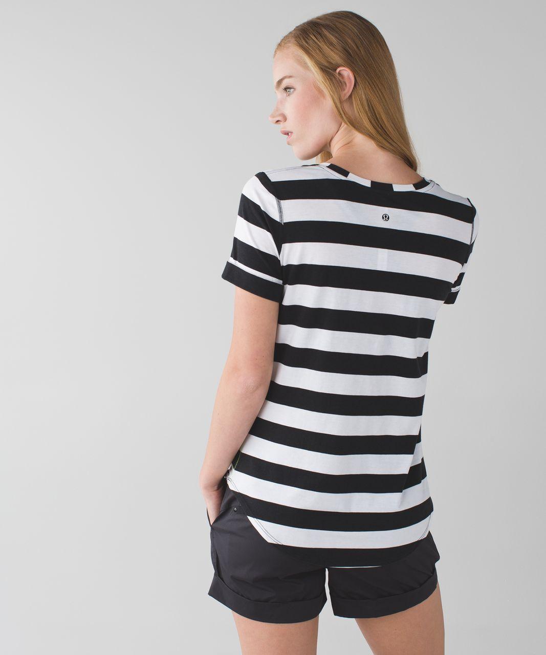 Lululemon Love Tee II - Straightup Stripe Black White