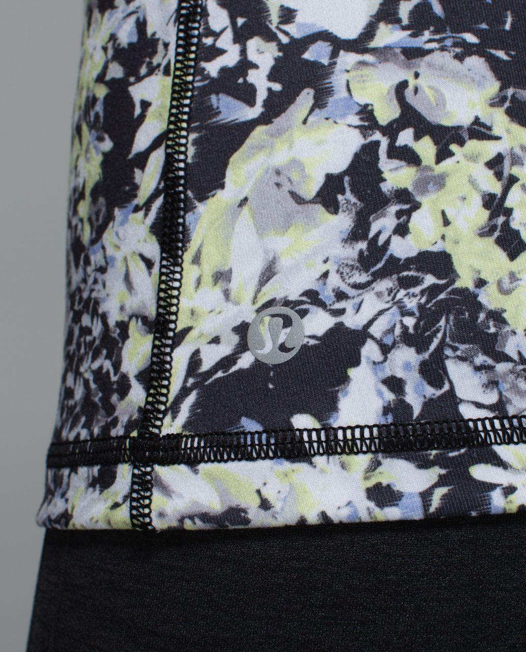 Lululemon Inspiration Tank II - Crosscourt Petal Black Clarity Yellow / Clarity Yellow