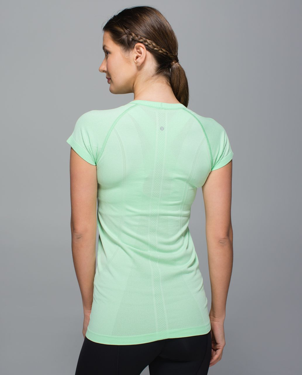 Lululemon Swiftly Tech Short Sleeve Scoop - Heathered Pistachio