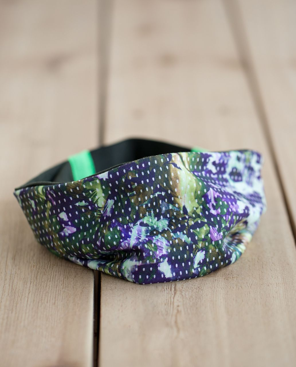 Lululemon Fringe Fighter Headband - Floral Sport White Multi / Gator Green