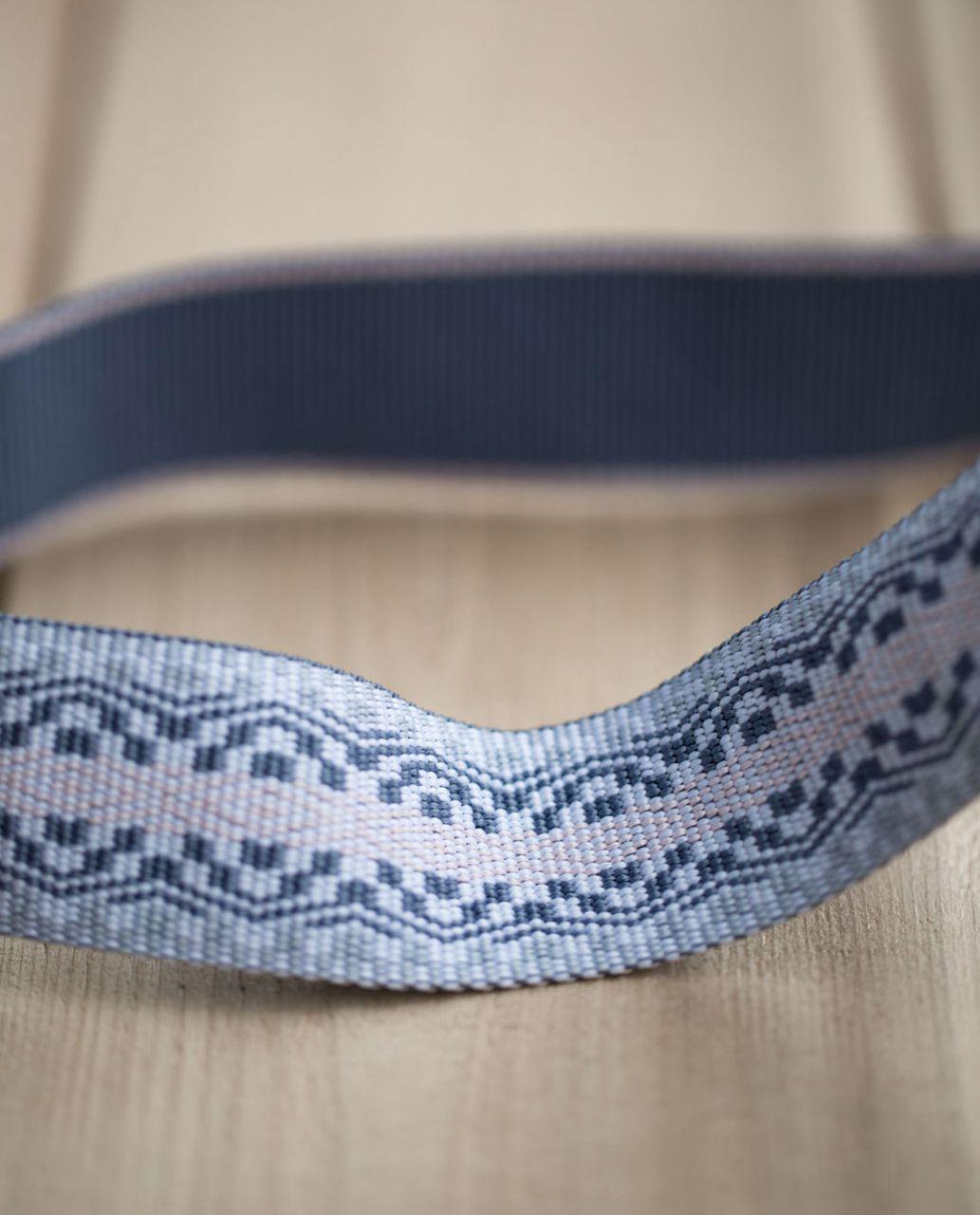 Lululemon Loop It Up Mat Strap - Blush Quartz / Blue Denim / Silver Fox / White
