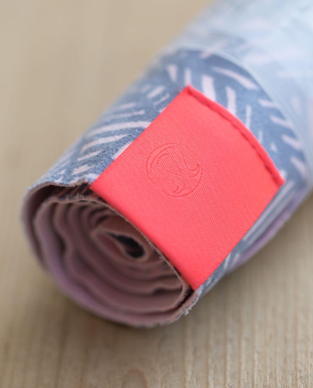 Lululemon The (Small) Towel - Banana Leaf Blush Quartz