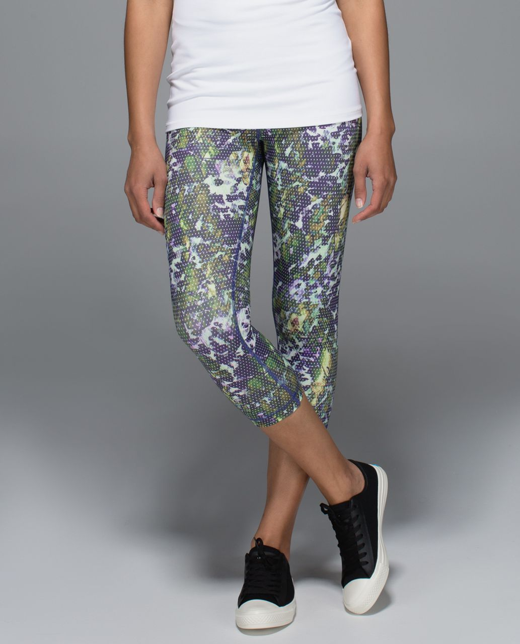 Lululemon Wunder Under Crop II *Full-On Luxtreme (Roll Down) - Floral Sport White Multi