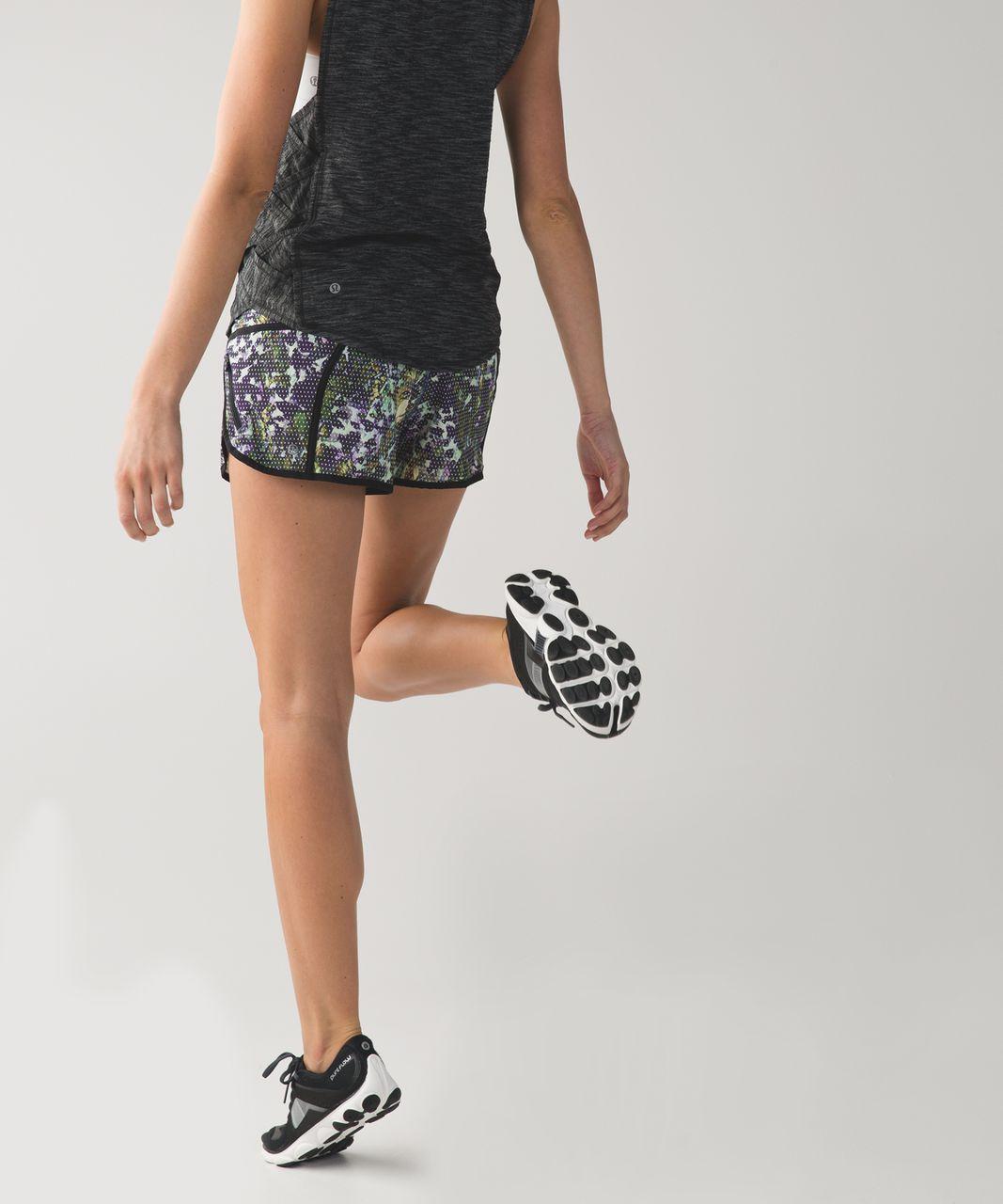Lululemon Tracker Short III *4-way Stretch - Floral Sport White Multi / Black
