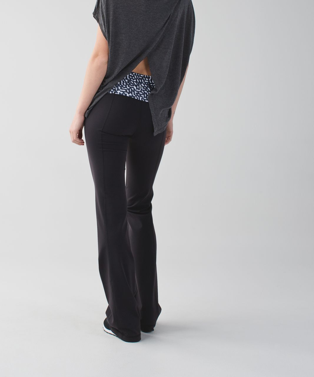 Lululemon Groove Pant II *Full-On Luon (Roll Down - Tall) - Black / Net Pop White Black