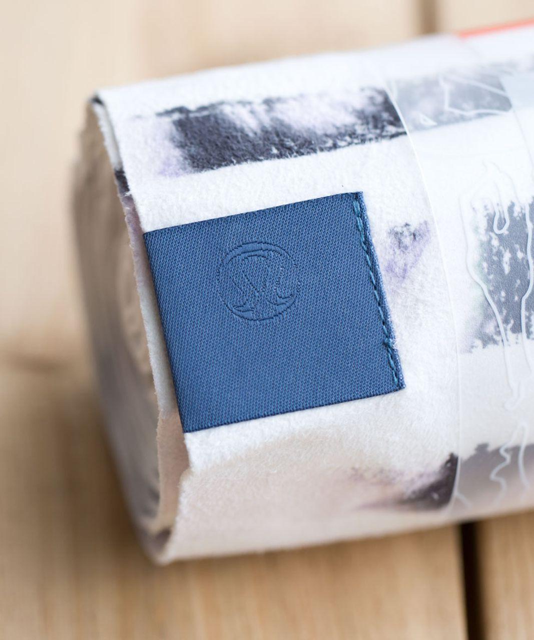 Lululemon The Towel - Sunset Stripe Blush Quartz Multi