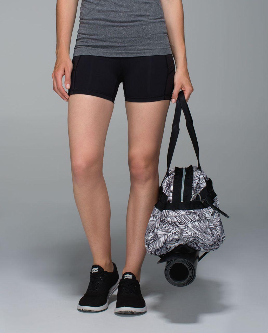 Lululemon Gym To Win Duffel - Sketchy Palms White Black / Black