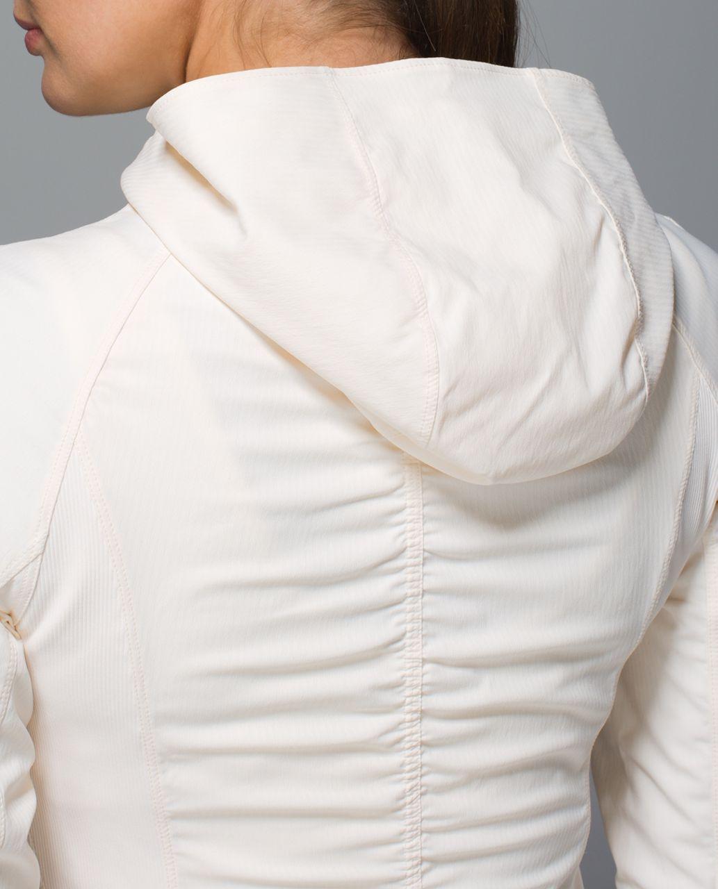 Lululemon In Flux Jacket - Angel Wing