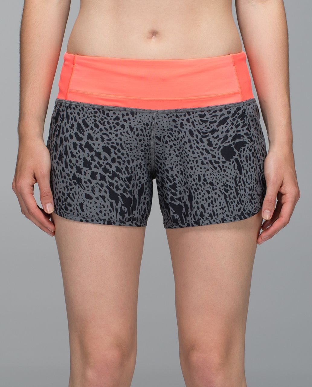 Lululemon Run Times Short *4-way Stretch - Watermark Slate Black / Grapefruit