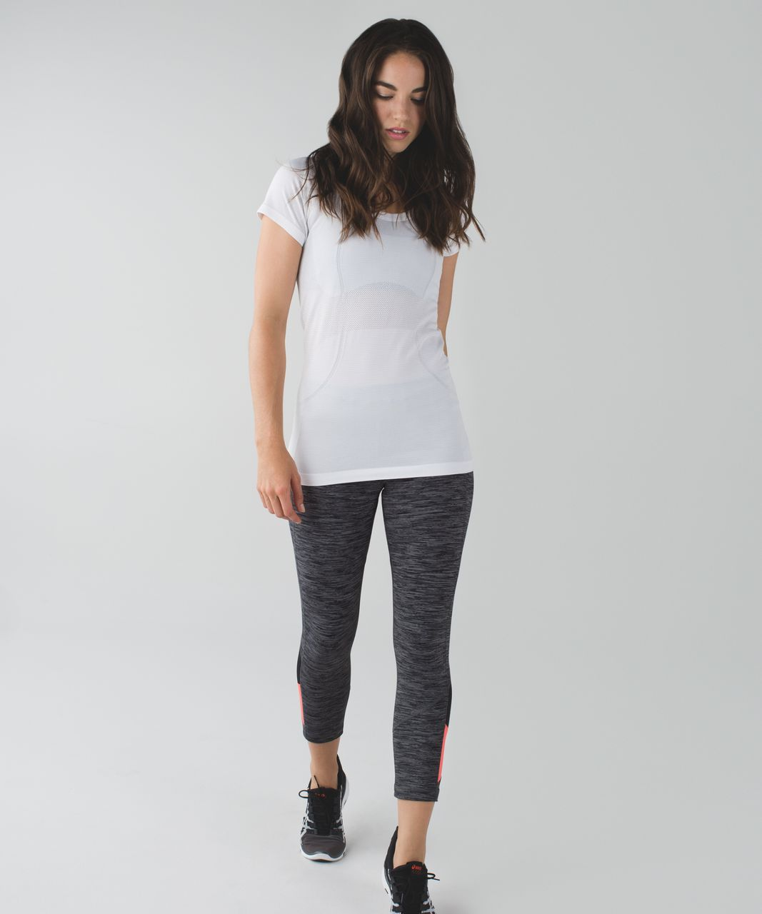 Lululemon Pace Rival Crop - Wee Are From Space Black Slate / Grapefruit