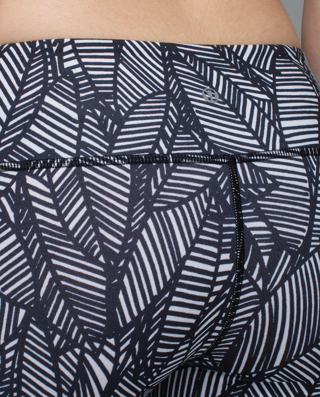 Lululemon Wunder Under Pant *Full-On Luon - Banana Leaf White Black