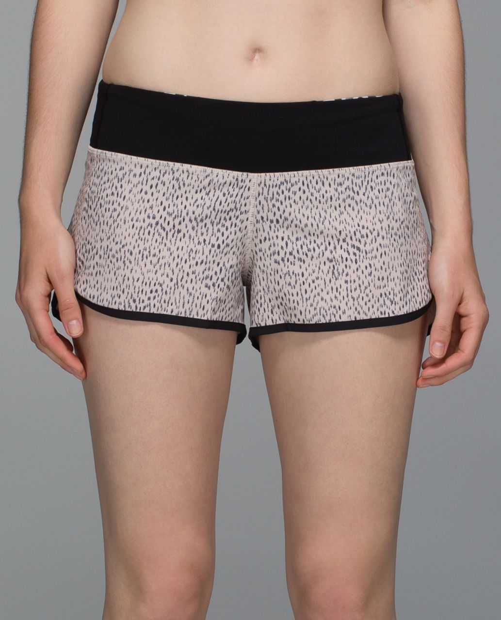 Lululemon Run:  Speed Short *4-way Stretch - Dottie Dash Grain Black / Black