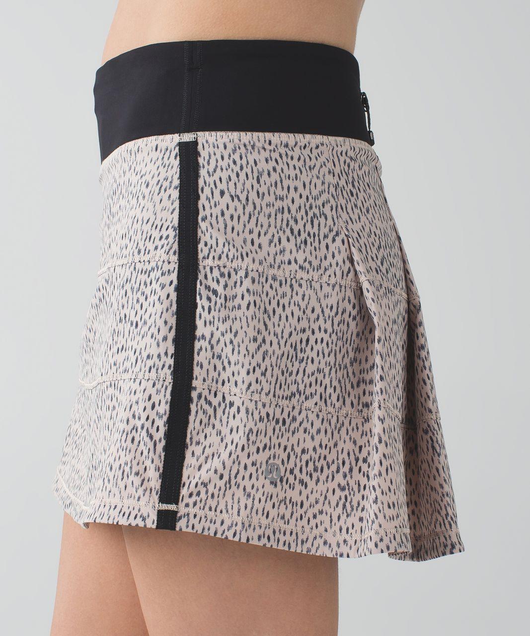 Lululemon Pace Rival Skirt II *4-way Stretch (Tall) - Dottie Dash Grain Black / Black