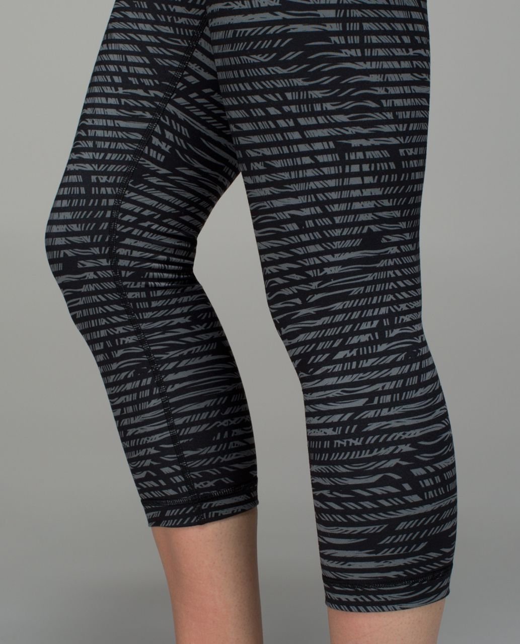 Lululemon Wunder Under Crop II *Full-On Luon (Roll Down) - Stripe Play Slate Black