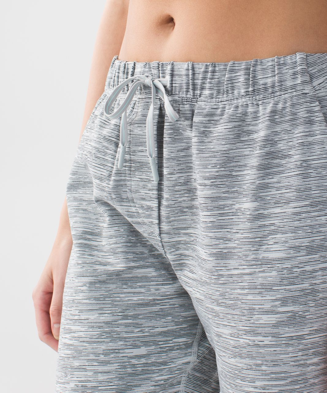 Lululemon Jet Crop *Luon (Slim) - Wee Are From Space Silver Spoon