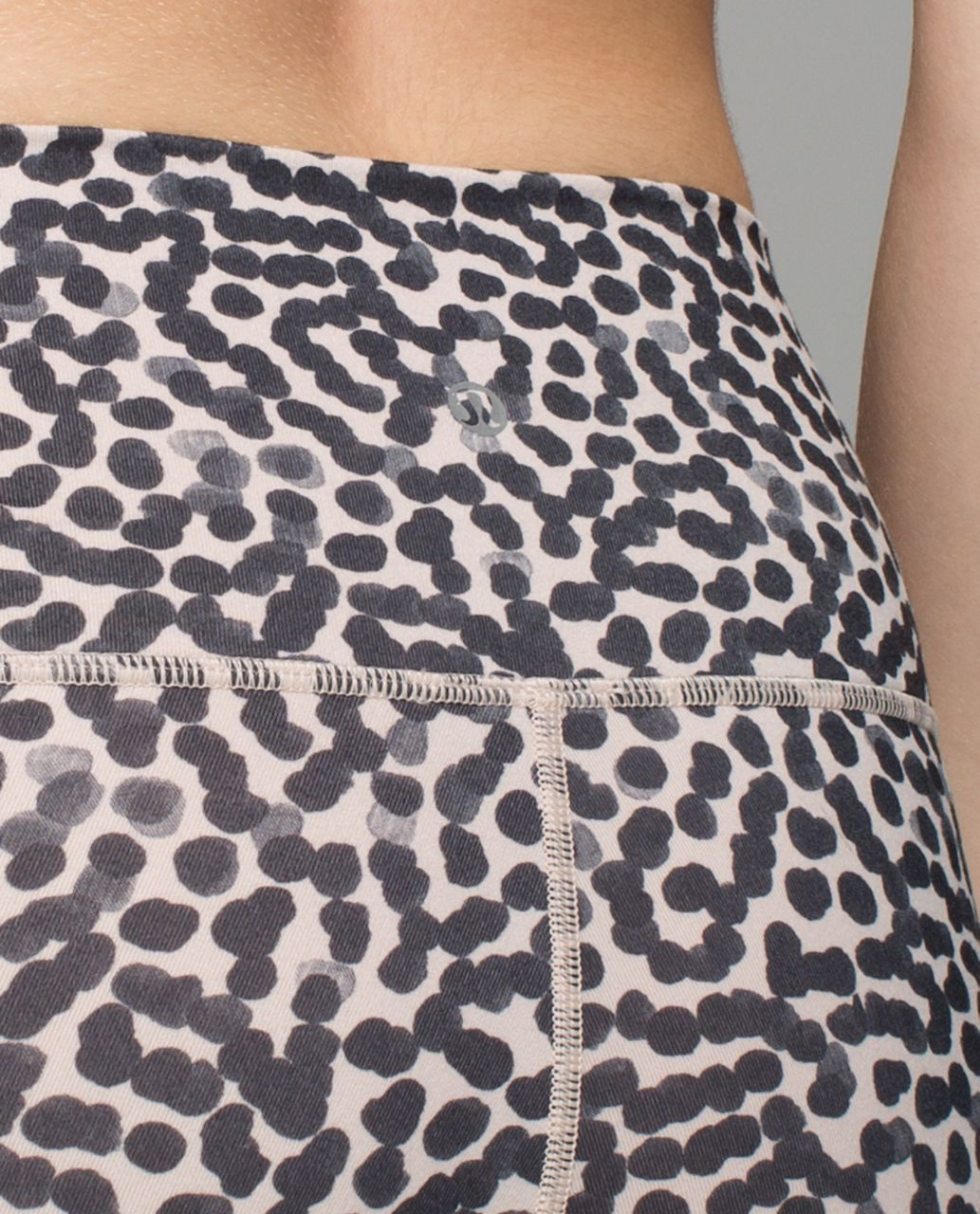 Lululemon High Times Pant *Wrap Mesh - Ace Spot Grain Black / Black