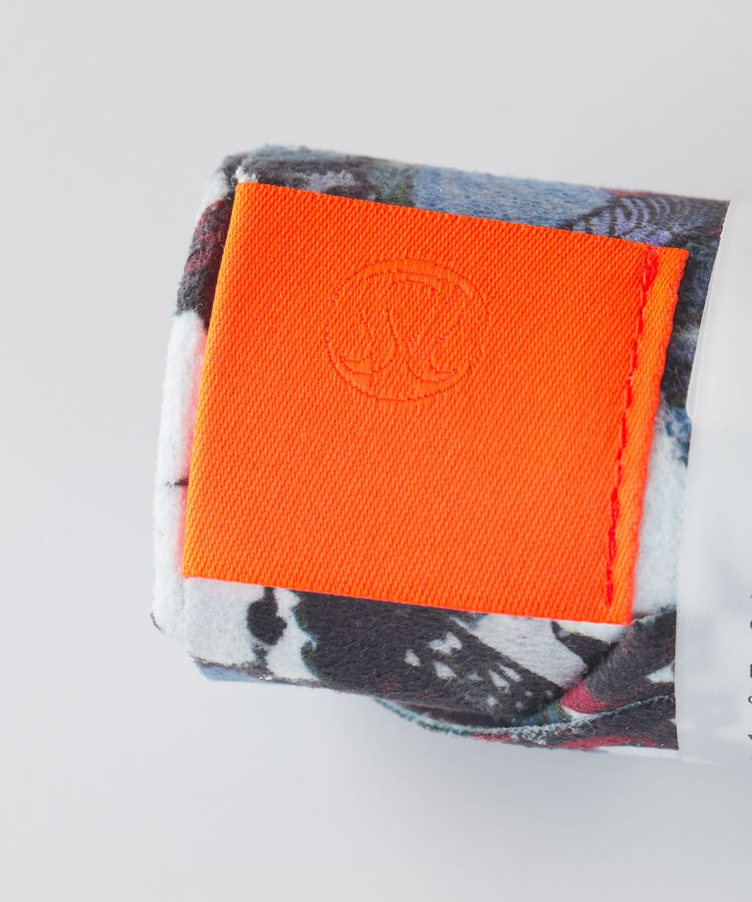 Lululemon The (Small) Towel - So Fly Butterfly Pizzaz Multi