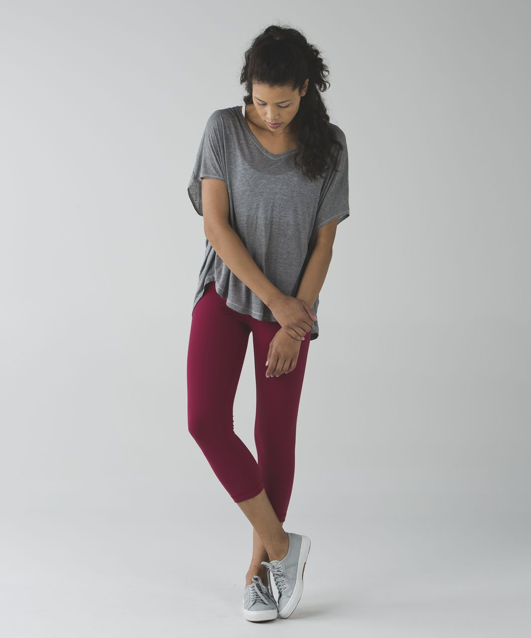Lululemon Wunder Under Crop *Full-On Luon (Hi-Rise) - Cranberry