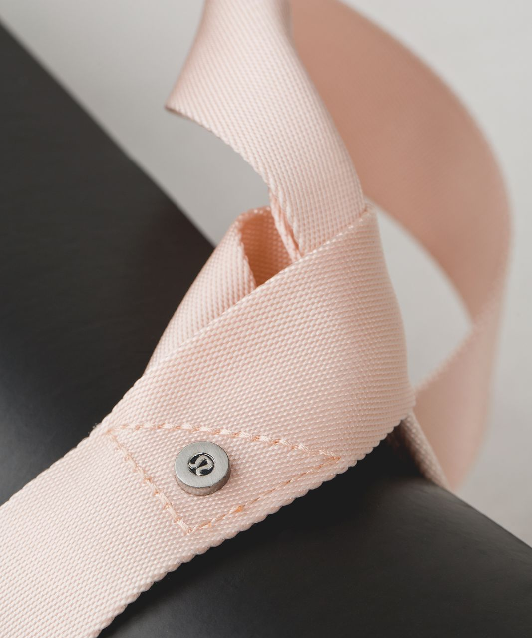 Lululemon Loop It Up Mat Strap - Butter Pink