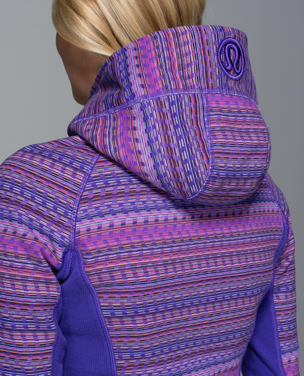 Lululemon Scuba Hoodie II - Space Dye Twist Printed Iris Flower Grapefruit / Iris Flower / Iris Flower