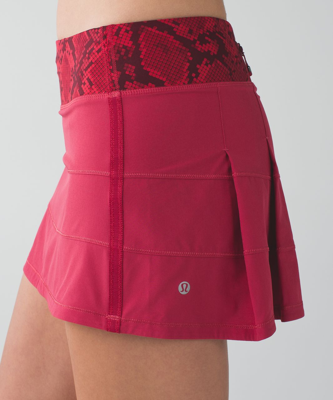 Lululemon Pace Rival Skirt II (Regular) *4-way Stretch - Cranberry / Mini Ziggy Snake Red Tide Cranberry