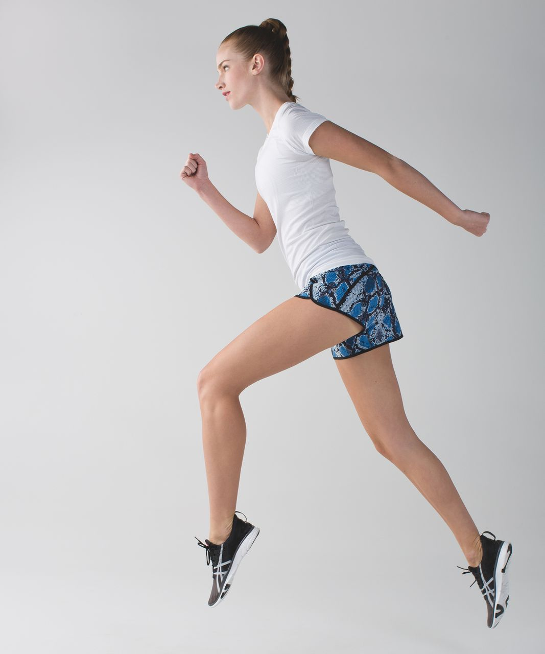 Lululemon Run Times Short *4-way Stretch - Mini Ziggy Snake Caspian Blue Pipe Dream Blue / Pipe Dream Blue