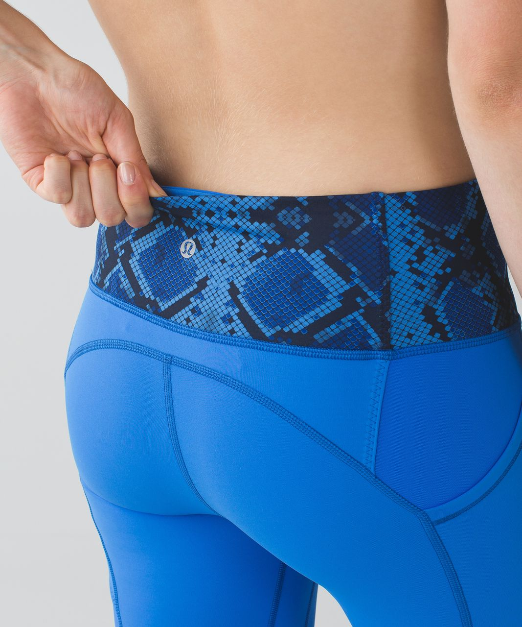 Lululemon All The Right Places Crop - Pipe Dream Blue / Mini Ziggy Snake Pipe Dream Blue Sapphire Blue