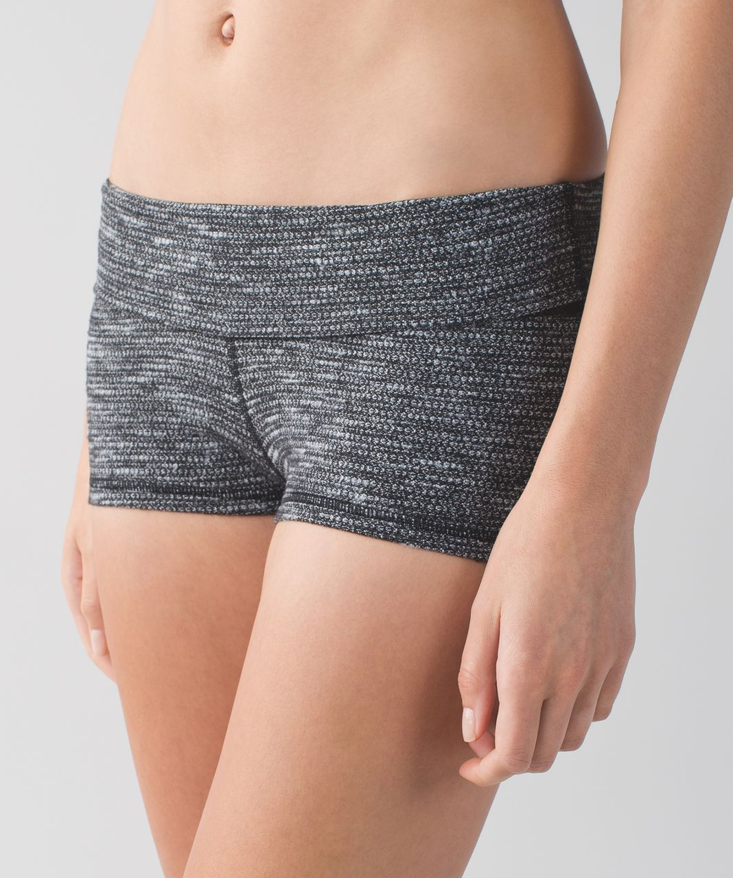 Lululemon Boogie Short (Roll Down) - Coco Pique Black White