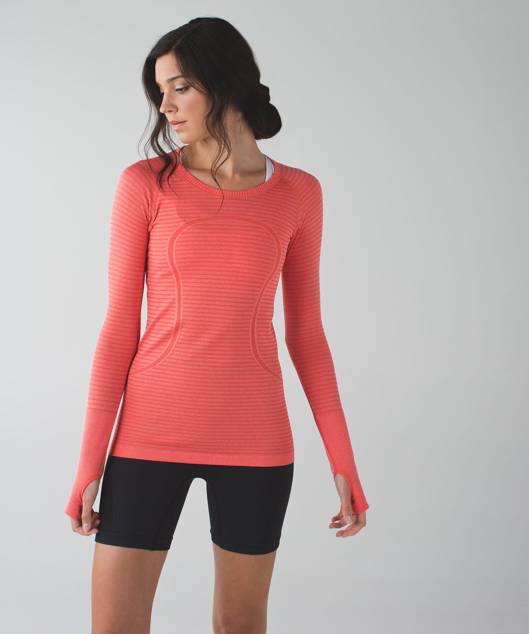 Lululemon Swiftly Tech Long Sleeve Crew - Heathered Alarming