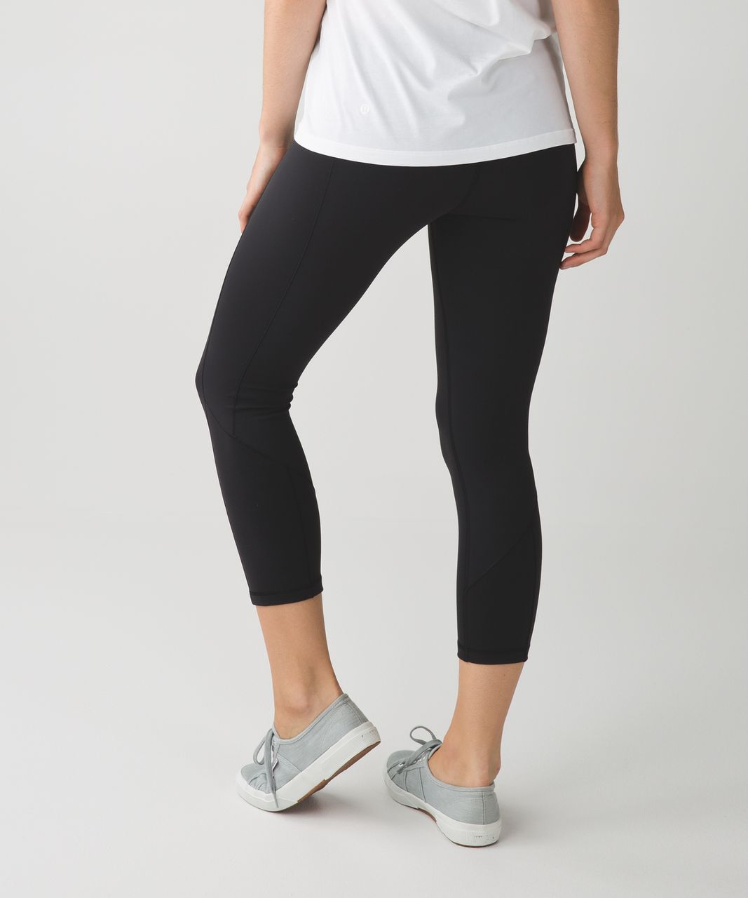 cb25b522d Lululemon Give Me Qi Crop - Black - lulu fanatics
