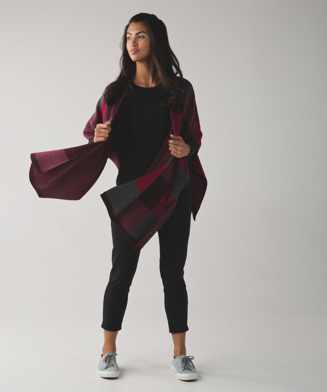Lululemon Bundle Up Scarf - Bordeaux Drama / Cranberry / Heathered Dark Slate