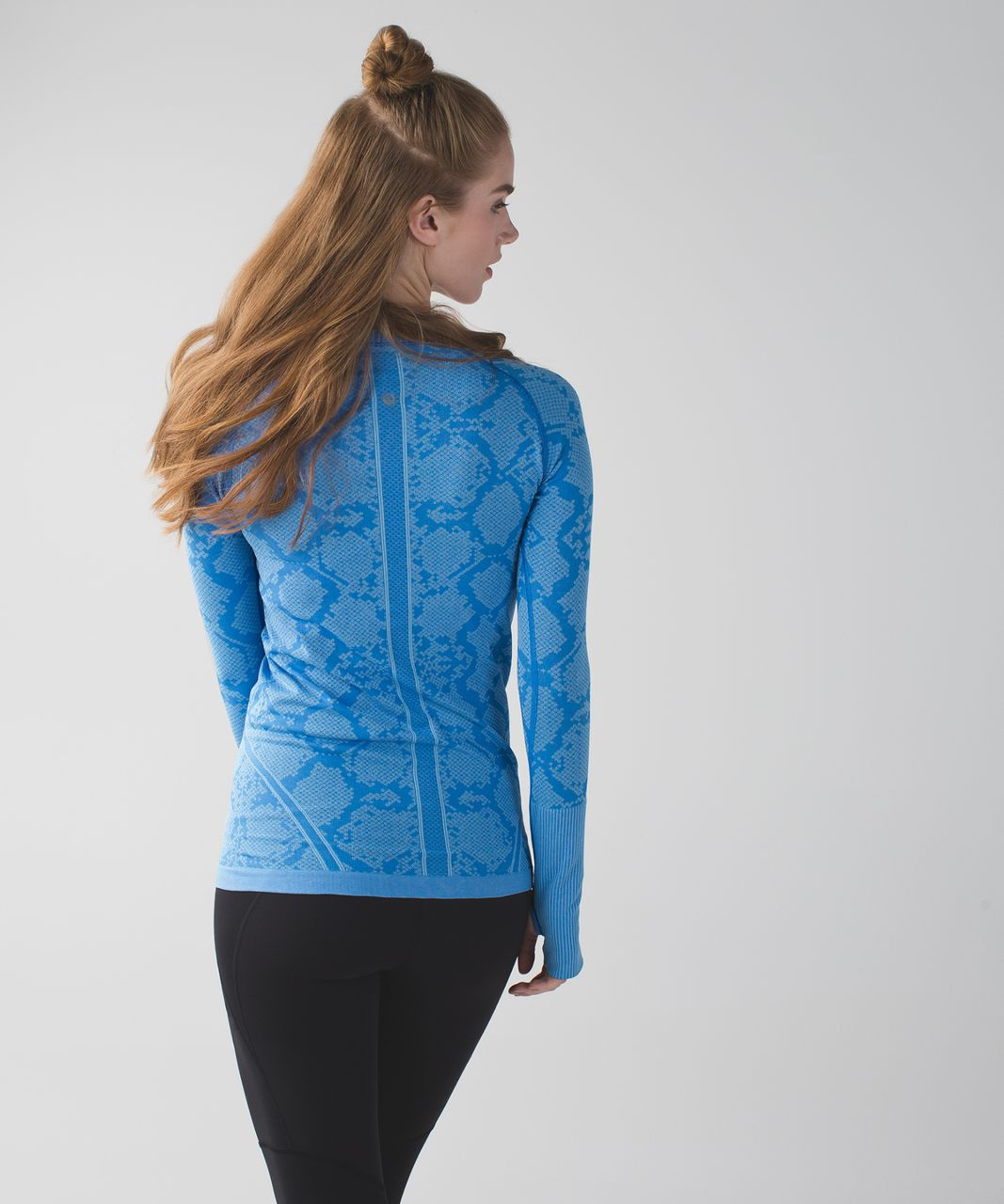 Lululemon Swiftly Tech Long Sleeve Crew - Heathered Pipe Dream Blue