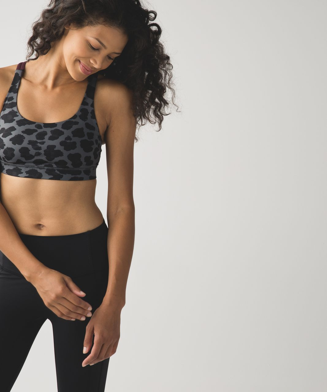 Lululemon Energy Bra - Cherry Cheetah Dark Slate Black / Bordeaux Drama / Black