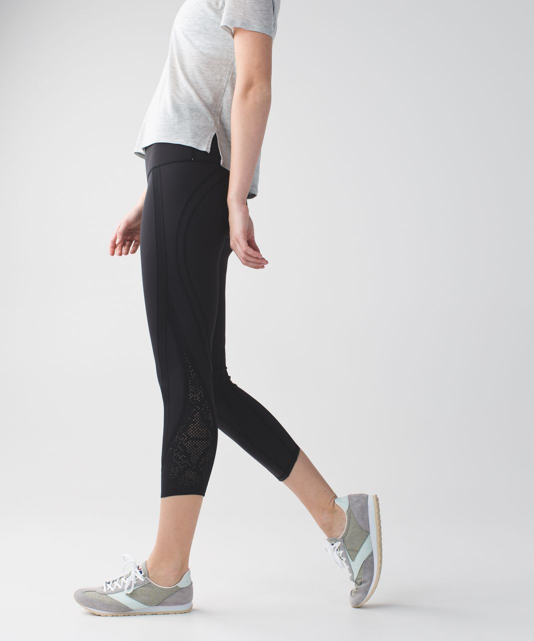 Lululemon Wunder Under Crop (Laser) *Full-On Luon - Black