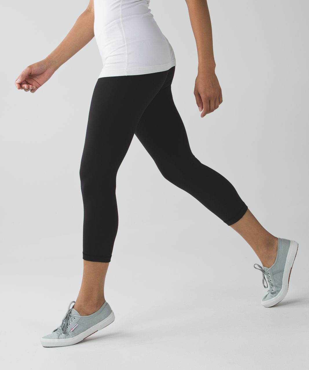 "Lululemon Wunder Under Crop III *Full-On Luon 21"" - Black"